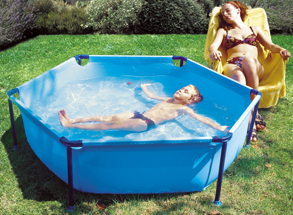 Mantenimiento piscina peque a agua limpia piscina infantil for Ideas para piscinas intex