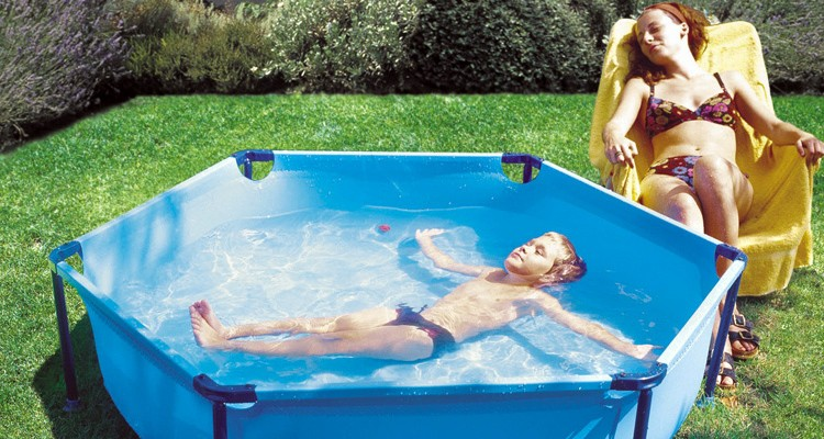 Mantenimiento piscina peque a agua limpia piscina infantil for Piscina hinchable pequena