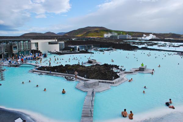 Las mejores piscinas naturales del mundo for Piscinas naturales islandia