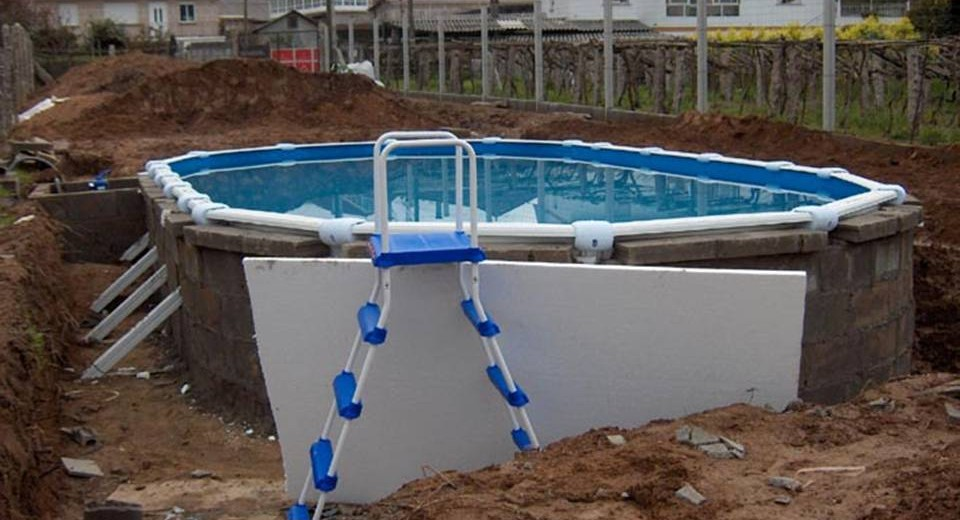Como enterrar una piscina desmontable for Instalar piscina precios